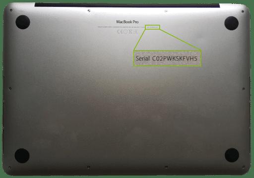 Seriennummer auf der Rückseite des MacBooks
